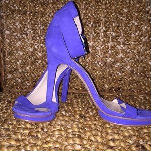 """Calvin Klein """"Vivian"""" blue suede size 8"""